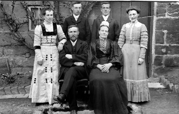 Espiner Family.  Mary Farrow (b.1856), sister of Elizabeth Farrow, married
